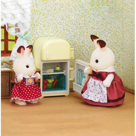 La maman lapin chocolat et le réfrigérateur de Sylvanian Family