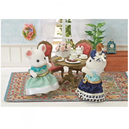 La grande sœur souris marshmallow de Sylvanian Family - 3